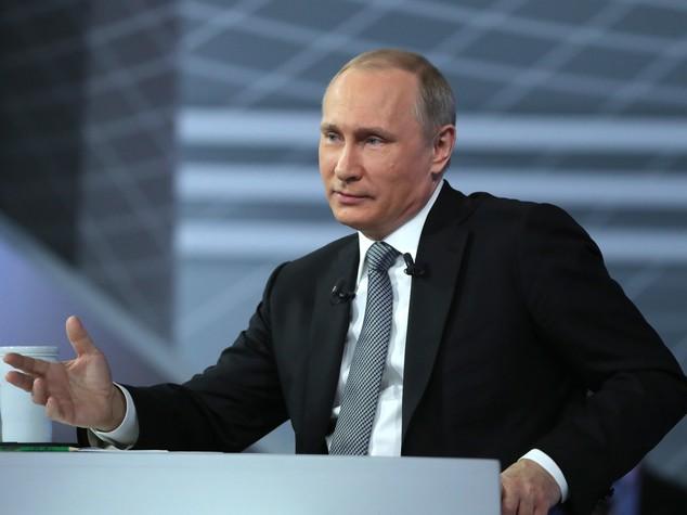 Putin conquista la Duma, maggioranza assoluta