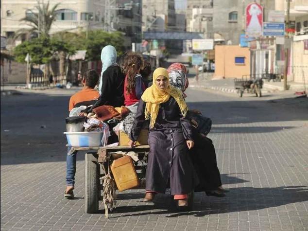 """M. O. nuove vittime dopo raid, Hamas,""""cessate-il-fuoco solo con tregua decennale"""""""
