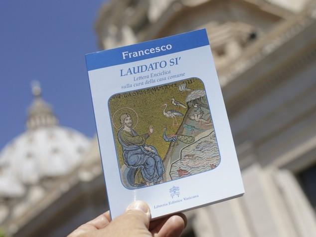 """Pubblicata l'enciclica del Papa """"Economia abbia principi etici"""""""