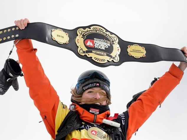 Valanga uccide Estelle Balet, regina dello snowboard estremo -   FOTO