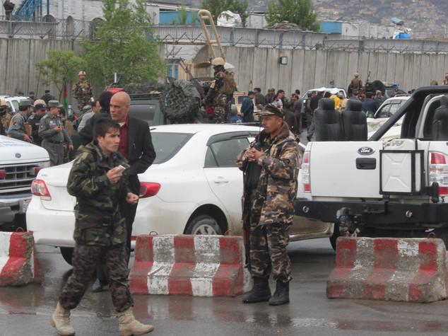 Afghanistan: concluso assalto a Universita' Usa, 9 morti 30 feriti