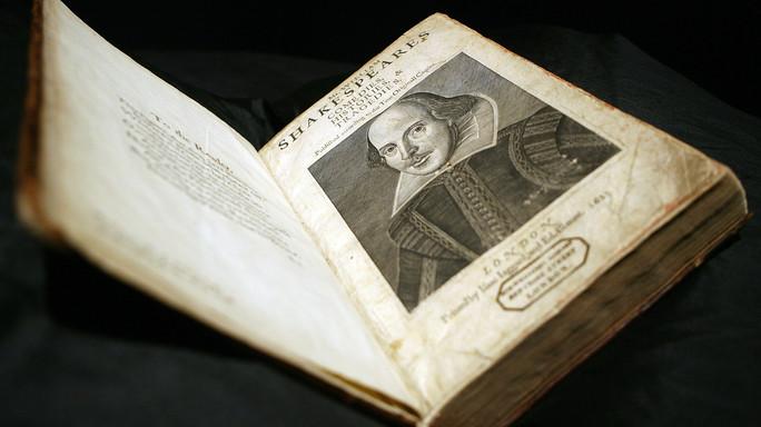 Quattro secoli fa moriva Shakespeare, dubbi amletici sull'identità