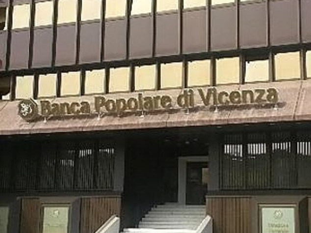 Nuova perquisizione alla Popolare di Vicenza, indagati Zonin e l'ex dg