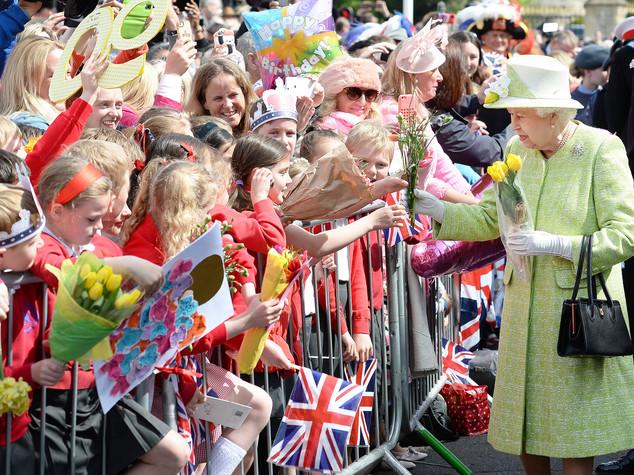 Happy birthday Lizzie, regina Elisabetta compie 90 anni - FOTO