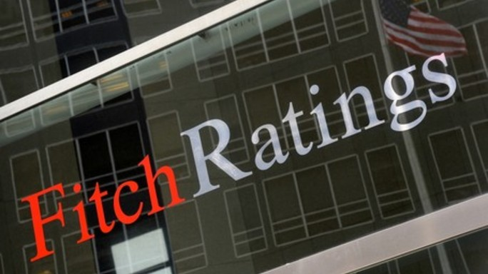 Governo debole e rischi populisti, ecco perché Fitch taglia rating Italia a BBB