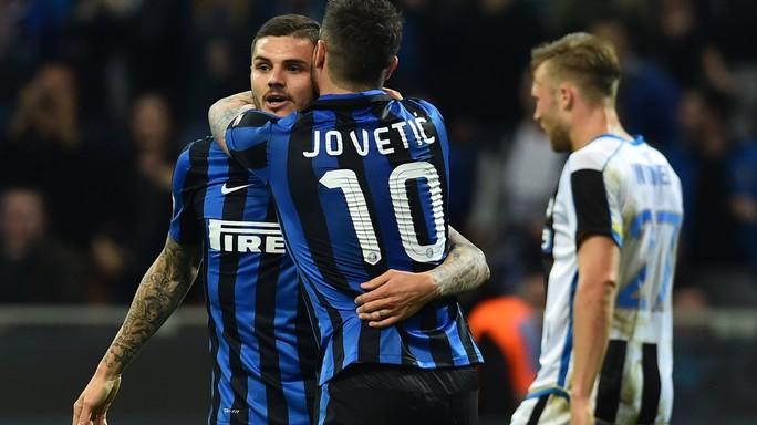 Duello Napoli-Arsenal per Icardi
