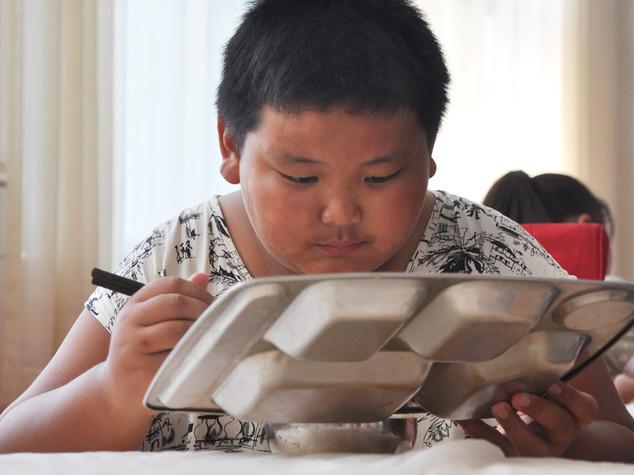 Obesita': drastico aumento tra giovani cinesi in aree rurali