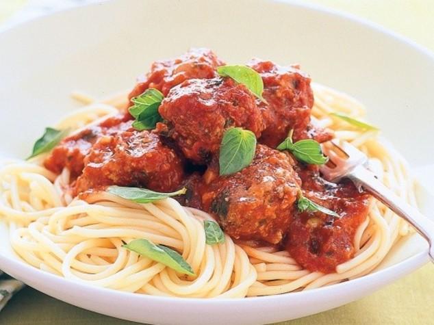 Pasta with Meatballs e Parmisan, attacco a piatti e cibi del Bel Paese