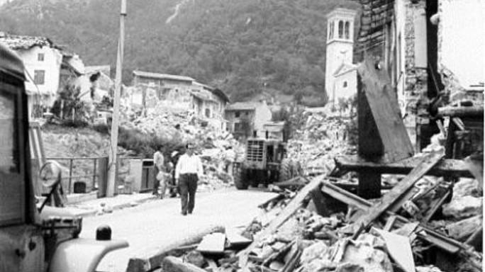 """Il Friuli di Zamberletti """"furono i sindaci a domare l'Orcolat"""""""