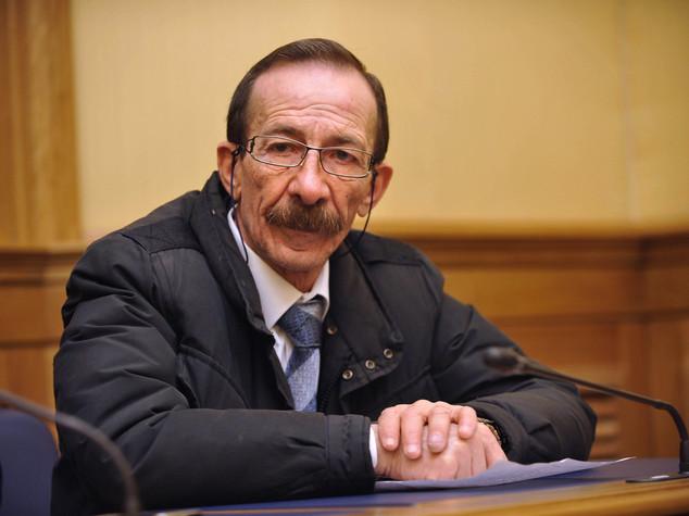 La storia di Pino Maniaci, cronista antimafia a giudizio per estorsione