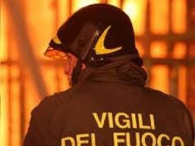 Paura a Roma: in fiamme supermercato al Portuense, nessun ferito