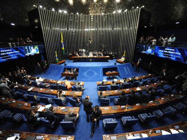 Brasile, procede voto impeachment per Rousseff