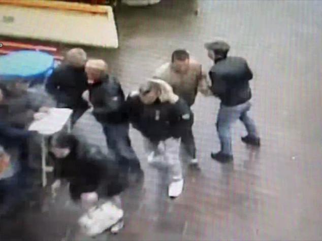 Criminalita': polizia Bologna, depredavano su A14, 12 arresti