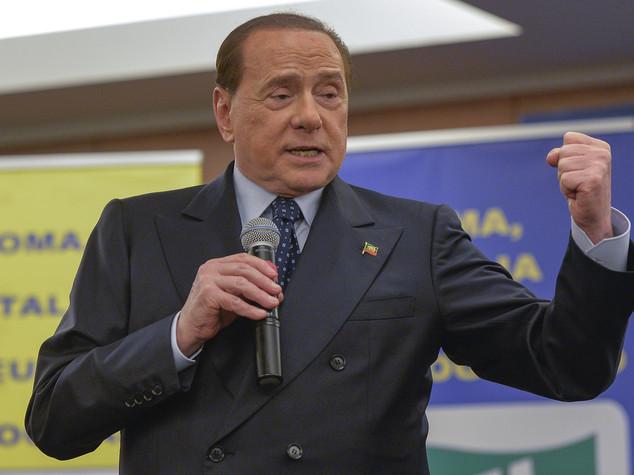 Berlusconi, Ztl favorisce residenti. Meglio 'telepass'