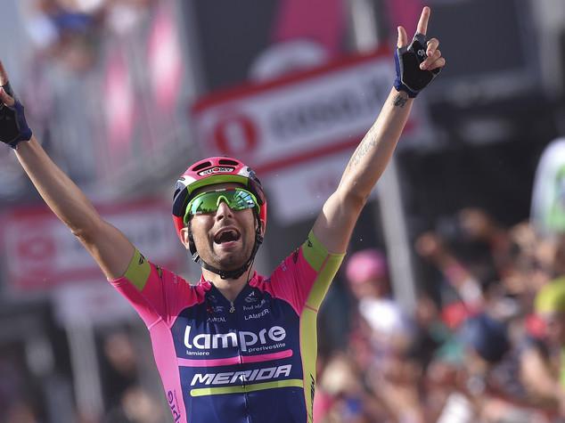 Ulissi prima vittoria italiana, Dumoulin leader