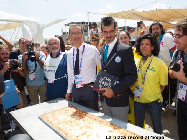 Napoli: domani sarà realizzata la pizza più lunga del mondo