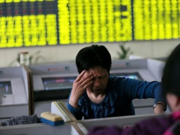 Borse asiatiche: chiudono in calo, giù Hong Kong e Shanghai