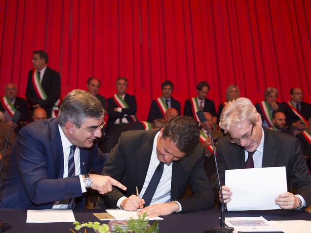 Sviluppo: Renzi firma masterplan Abruzzo, opere per 1,5 mld