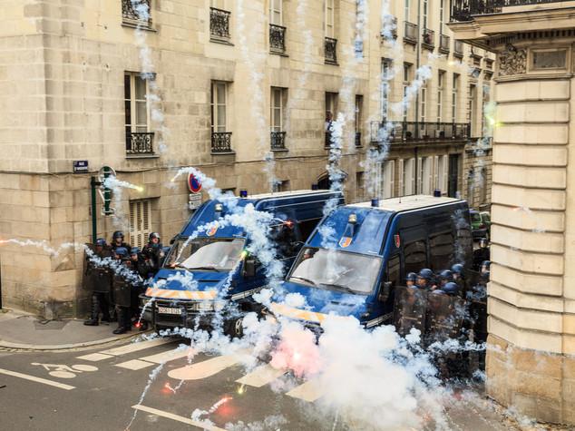 Scontri a Parigi, Nantes e Rennes contro riforma lavoro