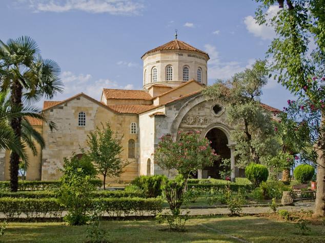 Turchia: riconvertita e danneggiata Chiesa bizantina di Trabzon