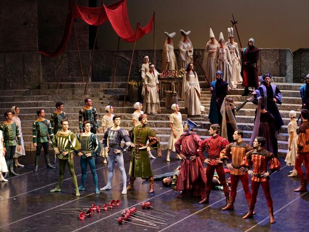 La Scala punta sul tricolore, italiane 9 opere su 15