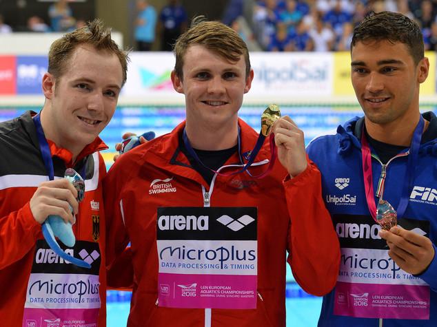 Nuoto: Europei, bronzo per Pizzini, delude 4x200 con Pellegrini
