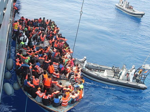 Trapani, arrestati scafisti racket libico migranti