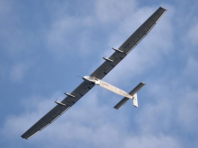 Solar Impulse: riparte aereo solare, giro mondo senza carburante