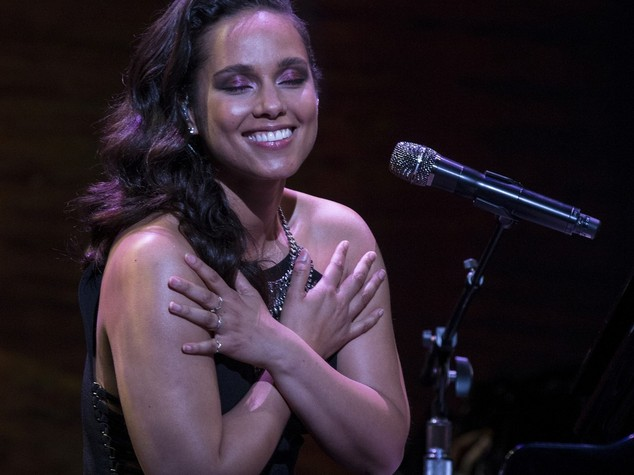 Alicia Keys scalda lo studio di Fabio Fazio