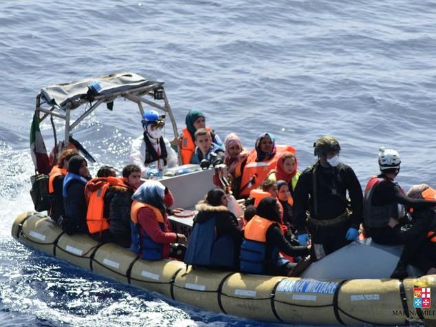 La strage dei migranti, 700 morti in 3 naufragi