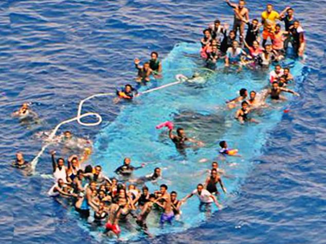 Migranti, nuovo naufragio. Solo oggi 4mila salvati