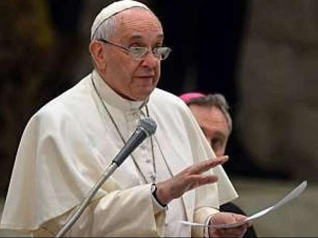 """Papa alle cooperative: denaro e' lo """"sterco del diavolo""""... pero' serve"""