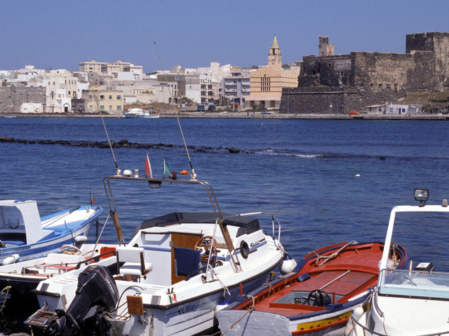 Pantelleria, la perla del Mediterraneo amata dai vip - FOTO