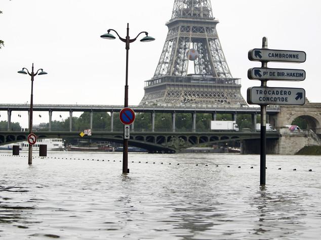 Maltempo, 9 morti in Germania e Francia; allerta Senna a Parigi