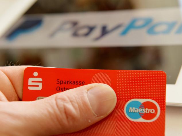10 arresti per il sito di ecommerce Stockisti: evasione per 50 milioni