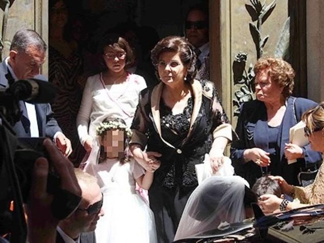 Processione sotto casa di Lady Riina, indaga la Curia