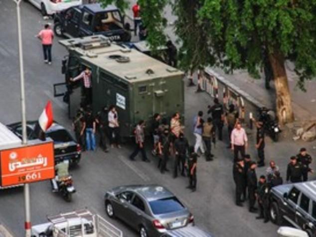 Egitto: annullata pena di reclusione per 33 manifestanti