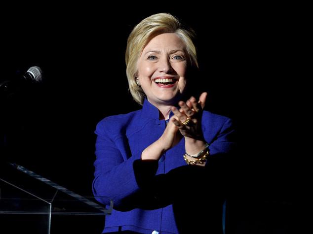 Clinton guadagna terreno, in campo Obama e Al Gore