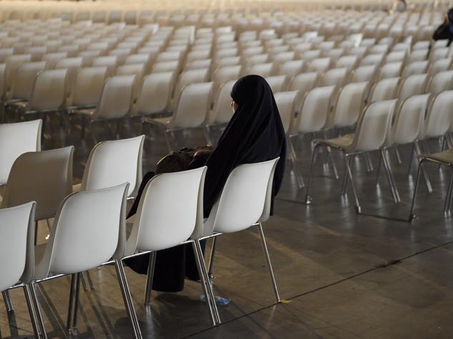 Terrorismo: voleva andare in Siria, indagata 30enne italiana