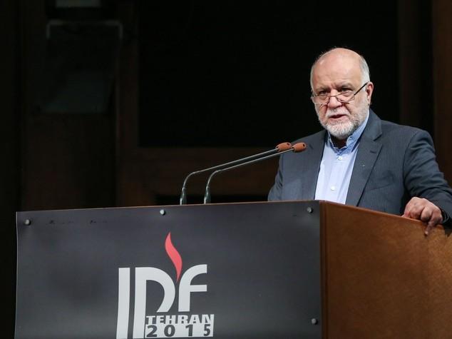 Iran: ministro Petrolio, produzione verso 4 mln barili al giorno