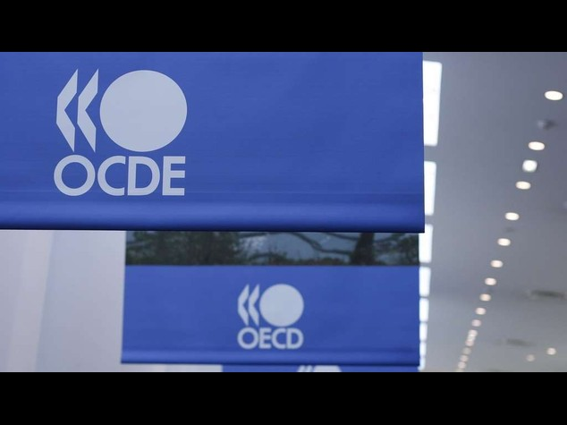 Accelerate pension reform, says OECD