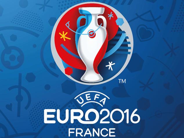EUROPEI - Euro 2016, primi scontri a Marsiglia tra locali e
