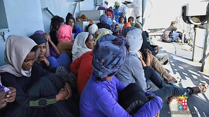 Nuova ondata di sbarchi, oltre 3600 migranti nel porti siciliani