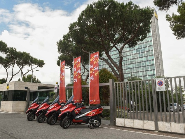 Eni: parte a Roma lo scooter sharing targato Enjoy