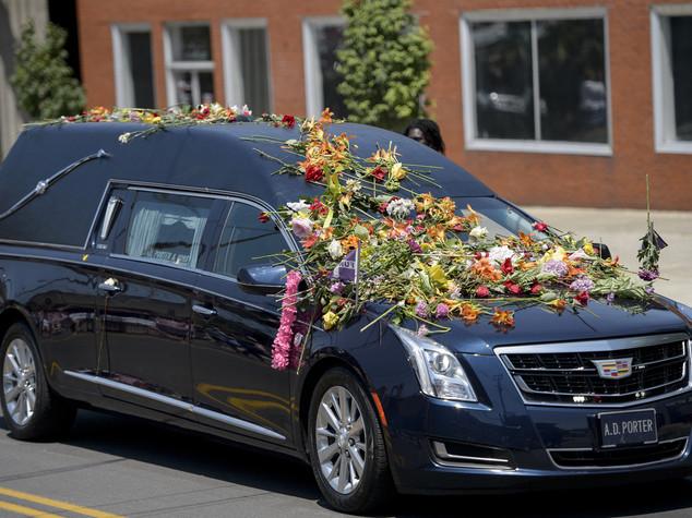 Muhammad Ali: migliaia al corteo funebre a Louisville