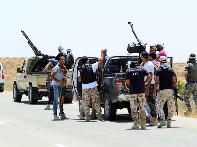 Milizie Misurata, terroristi Isis circondati a Sirte