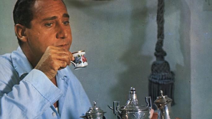 """""""Quanno si scherza bisogna esse' seri"""", 96 anni fa nasceva Alberto Sordi"""