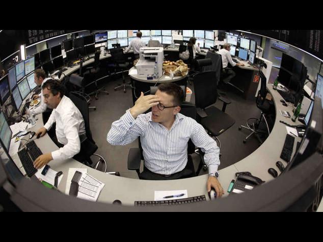 Borse europee: avvio in lieve flessione