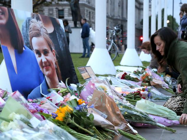Omicidio Cox, la deputata aveva pronto report su estremismo destra