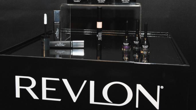 Revlon compra Elizabeth Arden per 775 milioni di euro
